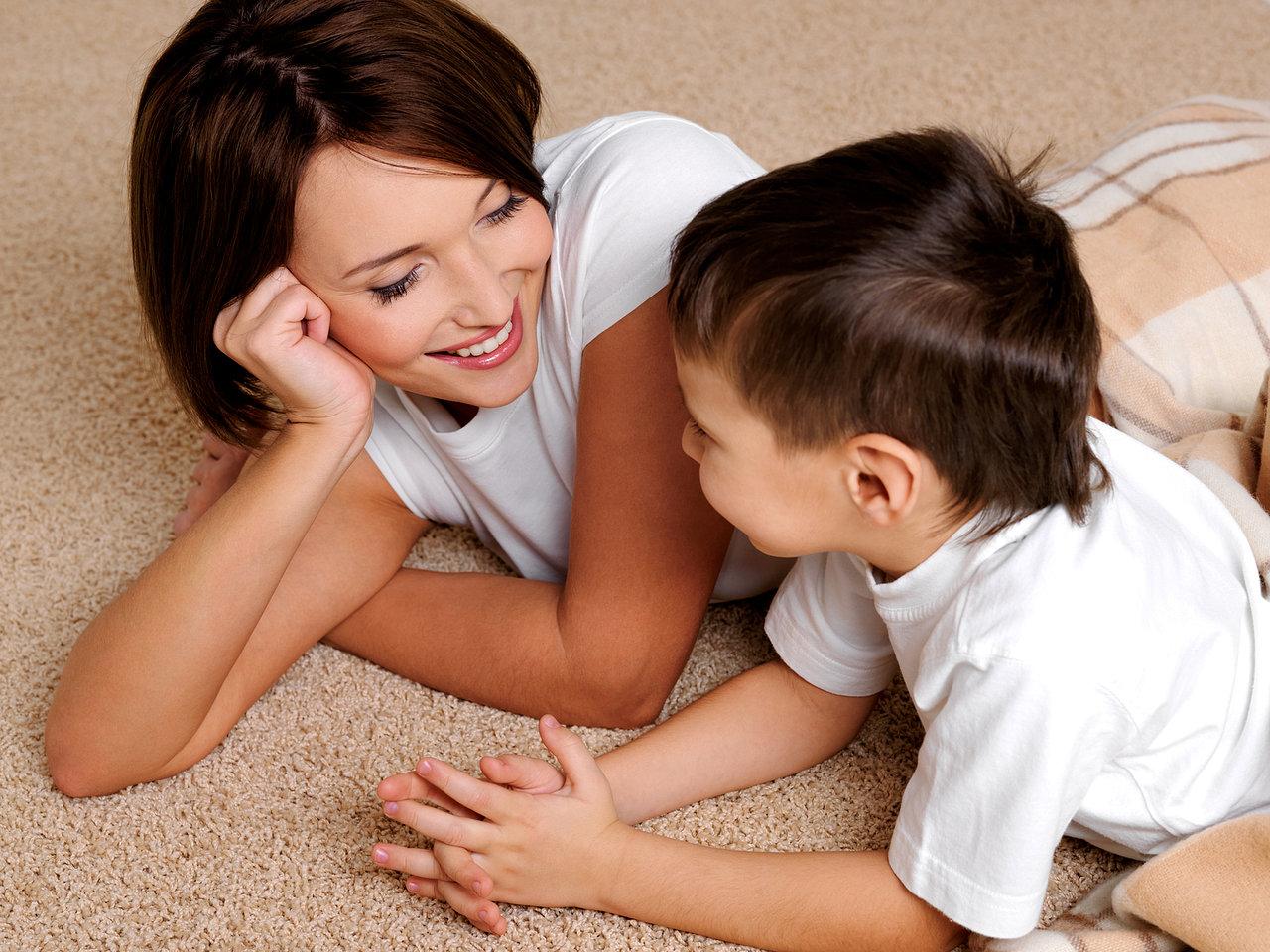Фото мама с друзьями сына, Мама и сын » Инцест фото. Порно мамы и сына, папы 24 фотография