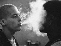 Какие стереотипы лежат в основе расовой дискриминации?