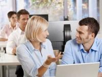 Доказано: Женщины скрывают свои истинные чувства к собеседнику лучше мужчин